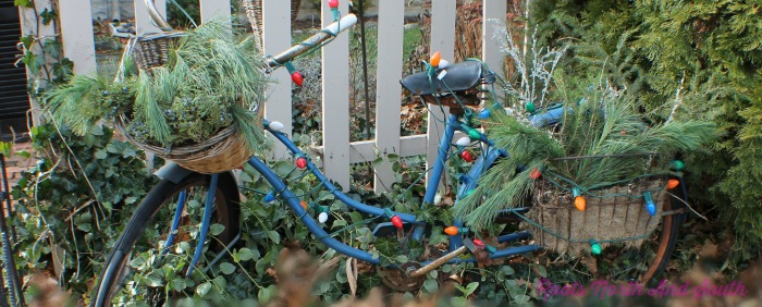 Old Blue Bike Welcomes Christmas