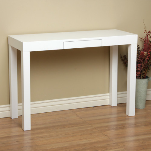 Glossy White Console Table for the Entry