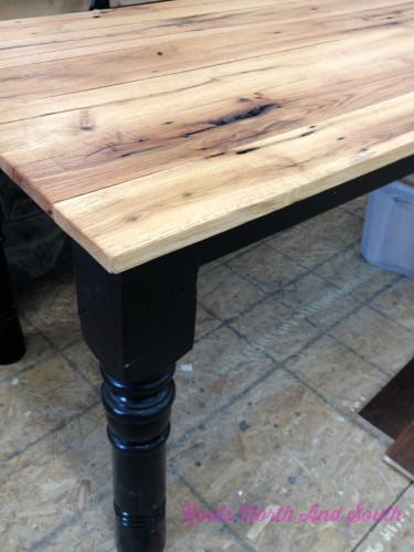 Decorating with a farmhouse table